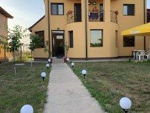 Villa 2 Mai, Filip Villa