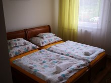Accommodation Nagydobos, Főnix Park Apartment & Guesthouse