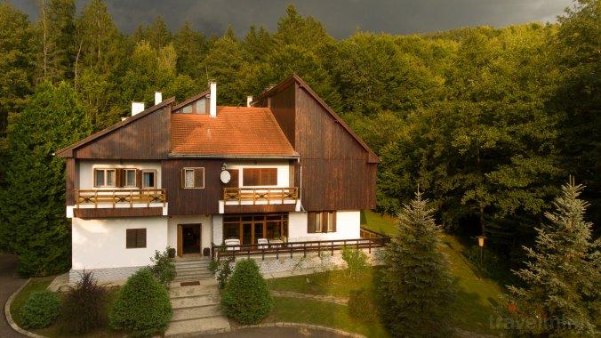 Kormos Residence Brăduț