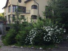 Accommodation Poiana Mărului, Ego Residence Guesthouse