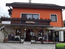 Guesthouse Lenti, Júlia Guesthouse