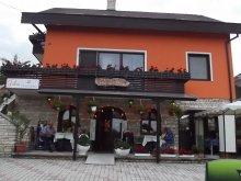 Guesthouse Nagyrada, Júlia Guesthouse