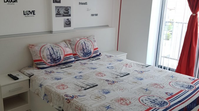 David's Apartment Mamaia-Sat