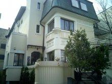 Villa Bucharest (București), Hotel Boutique & Restaurant Cherie
