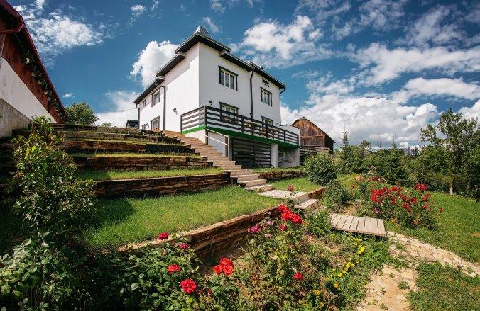 Casa din Bucovina Păltinoasa