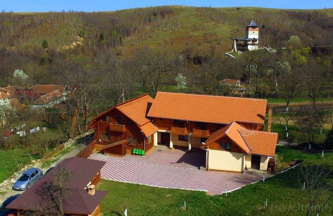 Iancu Guesthouse Mălăiești