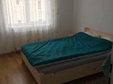 Accommodation Sângeorgiu de Pădure, Mama Mia Apartment