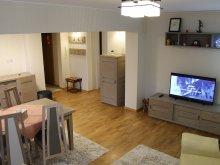 Apartament Bătrânești, Apartament Salina