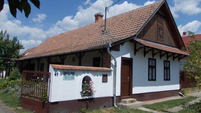 Csillik Guesthouse Tiszanána