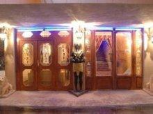 Hotel Tiszaszentmárton, Pensiunea Ramszesz