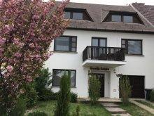 Accommodation Eger, KeresztApa Guesthouse