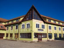 Motel Bârgăuani, Motel Csillag
