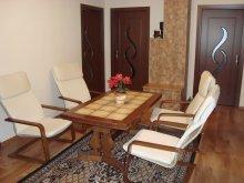 Casă de oaspeți Cucuieți (Solonț), Casa de vacanță Rita
