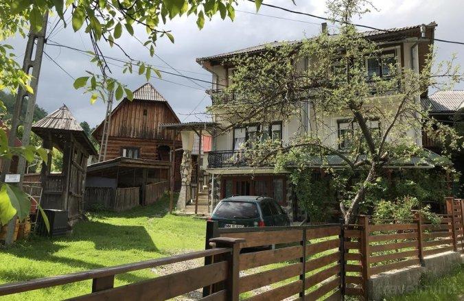 Casa Poienar Botiza