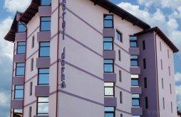 Cazare Roșu, Hotel Dorna