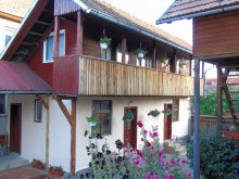 Apartment Corund, Szabó Guesthouse