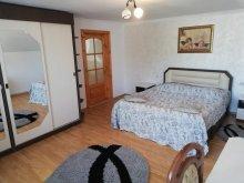 Casă de vacanță Bârgăuani, Casa Lacry