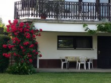 Casă de oaspeți Maráza, Casa Arató