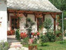 Casă de oaspeți Maklár, Casa Napsugár