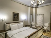 Accommodation Corund, Gotica Residence B&B