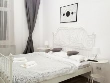 Accommodation Braşov county, Apart City Center