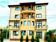 Apartman Hăbășești, Famous Villa