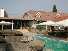 Cazare Ighiu, Card de vacanță, Country Club La Mesteceni