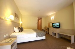 Apartament Jabăr, Hotel Savoy