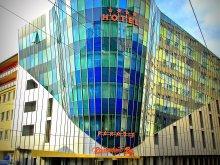 Hotel județul Cluj, Hotel Paradis