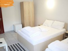 Accommodation Rasova, Grand Korona Hotel & Camping