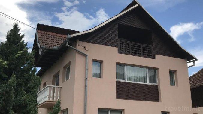 Vila Teo Bărăști