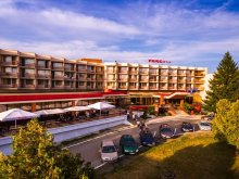 Pachet Corbești, Hotel Parc