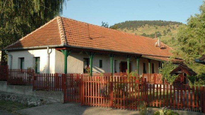 Guesthouse to the Jolly Zwingli Erdőhorváti