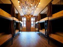 Pachet de Crăciun Lupeni, Bed Stage Hostel