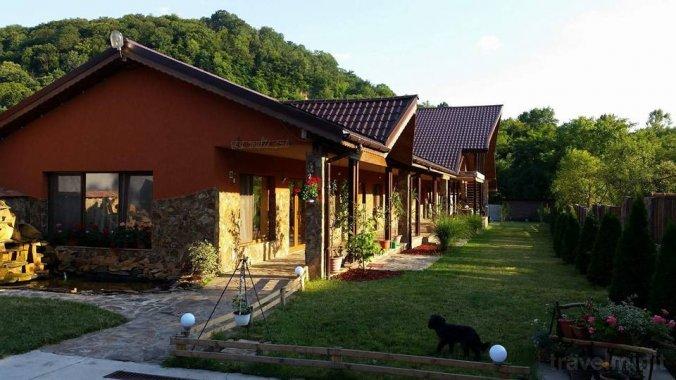 Raiul Munților Guesthouse Sebiș