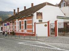 Cazare Poiana Brașov, Pensiunea Old City
