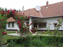 Apartament Cserkeszőlő, Casa de oaspeți Cinege