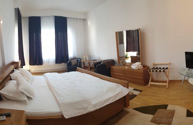 Vila Bonton Rooms Târgu Jiu