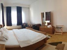Vilă Răscolești, Vila Bonton Rooms