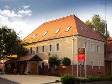 Accommodation Hungary, Pincelakat Hotel and Winehouse