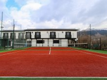 Accommodation Corund, Maximiliyanis Sport B&B