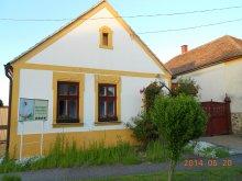 Casă de oaspeți Bük, Casa Hanytündér