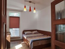 Accommodation Hulubești, Mmaria Central Apartment