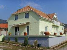 Casă de oaspeți Cún, Casa Jakab-hegy