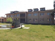 Pensiune Stejaru (Crângeni), Casa Dobrescu