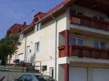 Cazare Öreglak, Apartament pentru 2-3-4 persoane