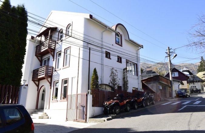 Nicolas Guesthouse Sinaia
