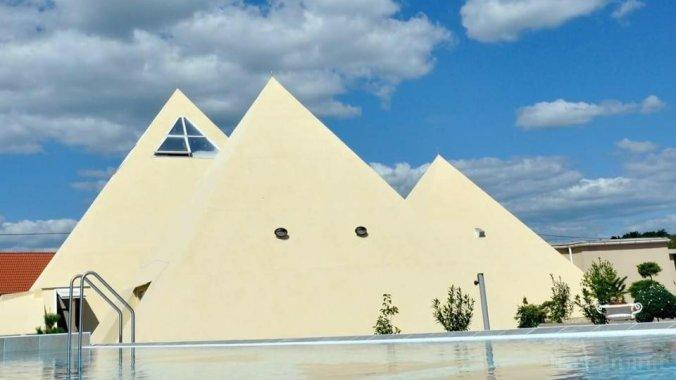 Piramis Fürdő és Pihenőpark Demjén