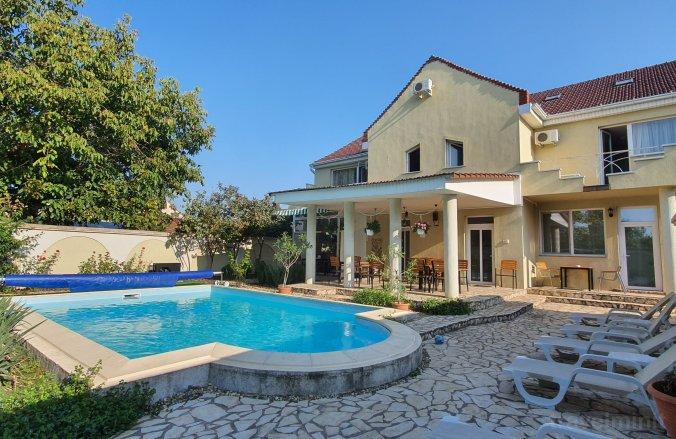 XO Residence Panzió Arad