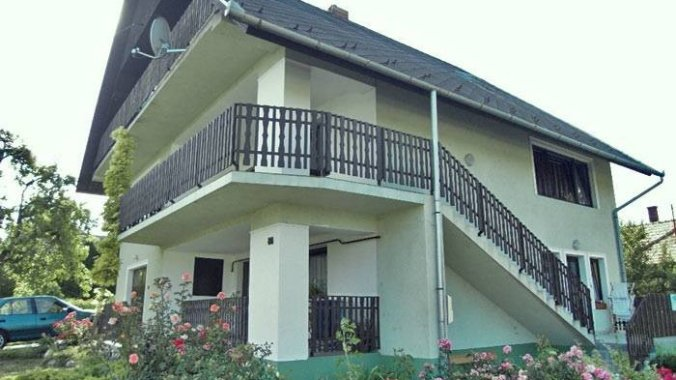 Casa de vacanta pentru 8-10 persoane Fonyód